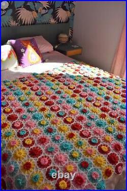 Large Vintage Kitsch Floral Granny Crochet Blanket Bedspread Flower Power