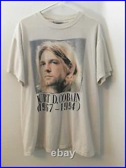Vintage 1994 Kurt Cobain Death Memorial Band Tour Nirvana T-Shirt 90s Lg